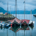 Gamle båter på vei til kyststevne i Brønøysund